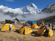 Nepal camping trek with children