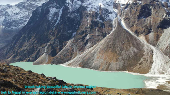 lake in himalaya in everest region